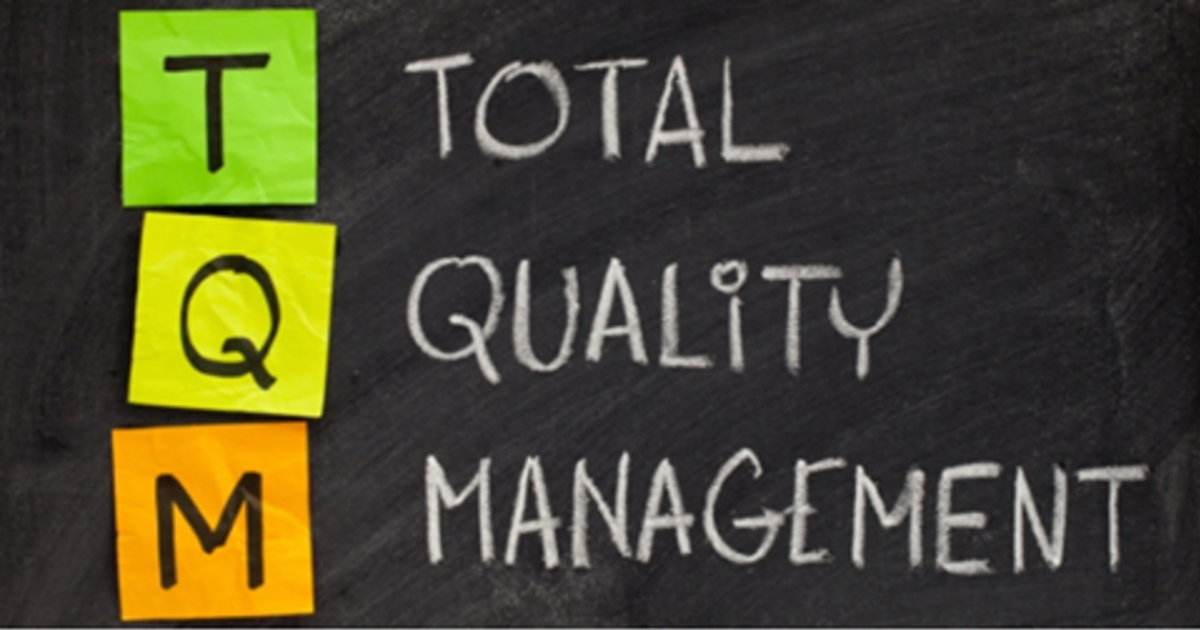 traditional management style vs the total quality management Organization, management and leadership, technology and information use, and community policing i will not pretend to offer a comprehensive review of the many.